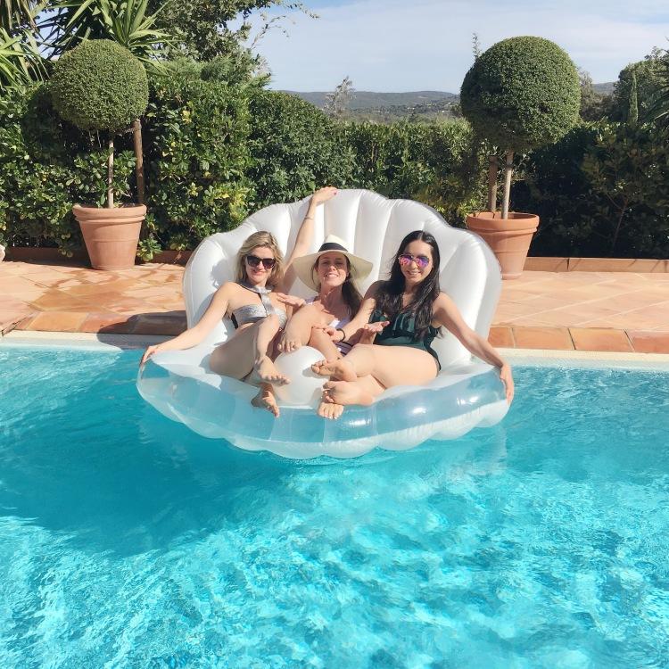 Floatoshoot at the Villa